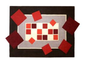 tapis rectangle géométriquerouge et gris